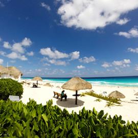 Мексика: Пляжи Канкуна с волнами — фото видео пост.